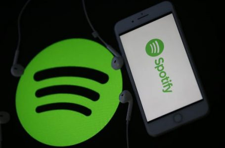 """RTÜK Spotify ve FOXplay'i """"lisans başvurusu"""" yapması için uyardı"""