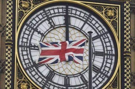 İngiltere'de ülke çapında karantina kararı alındı